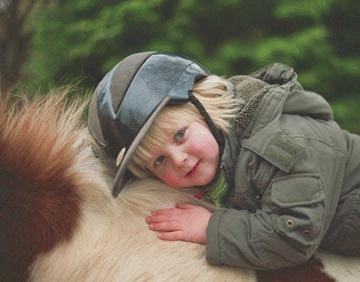 Copiii au nevoie de cai
