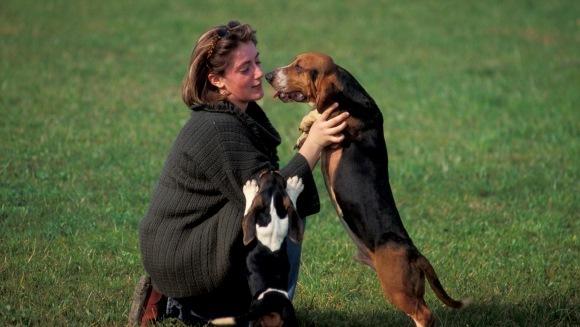 9 semne că patrupedul canin ţi-a devenit partener de viaţă