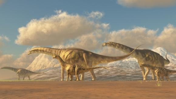 Un parc unic în Europa de sud-est, cu exponatele a 50 de dinozauri în mărirme naturală, va fi deschis la Râşnov