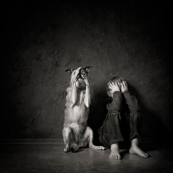 Cele mai frumoase imagini cu animale şi copii, aparţinând fotografilor micuţi din lumea întreagă (Galerie Foto)