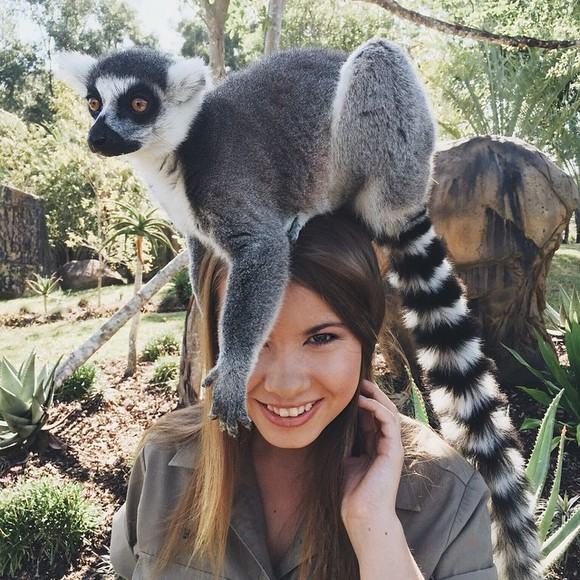 Cum arată fiica lui Steve Irwin, vânătorul de crocodili (Galerie Foto)
