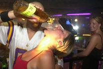 PEDEAPSĂ DIVINĂ pentru alcoolici! Satul în care se va bea numai limonadă!
